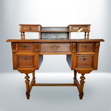 Ónémet felépítményes íróasztal