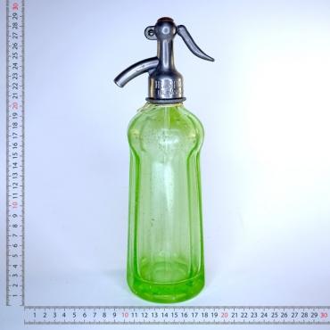 Szódásüveg zöld színû