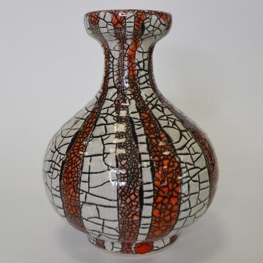 Gorka Géza váza /fehér-vörös