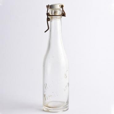 Régi csatos üveg:...
