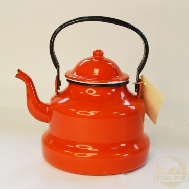 Piros zománcos teavízmelegítő