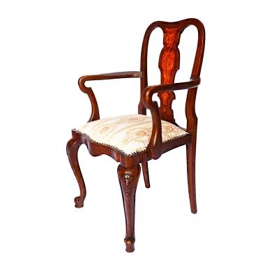 Chippendale karfás szék