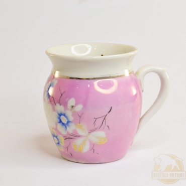 Füles porcelán csésze